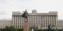 Moscow square (- Moskovskaïa ploshchad-) and statue of Lenin, Saint-Petersburg