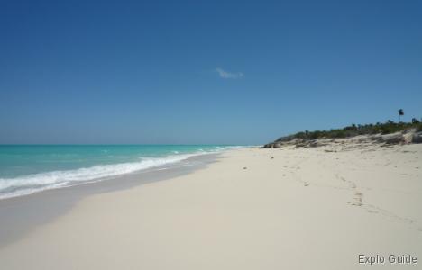 Playa Perla Blanca, Cayo Santa Maria, nature reserve and beach