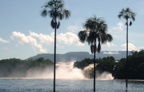 Salto Ucaima waterfall and beach, Canaima
