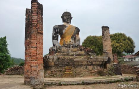 Wat Piawat - Wat Si Phum, Muang Khoun